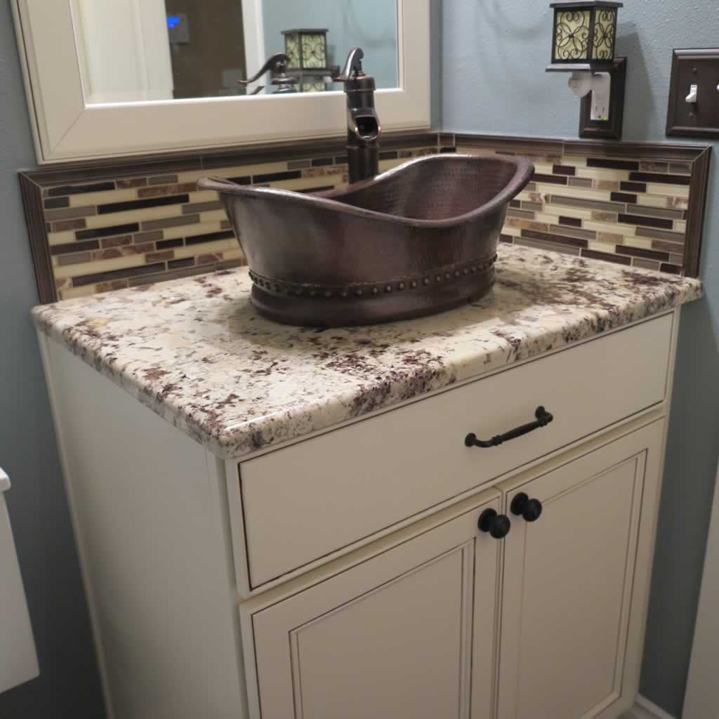 Granite bathroom vanity black granite bathroom vanity for Best bathroom vanities for small bathrooms