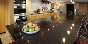 black_pearl_kitchen