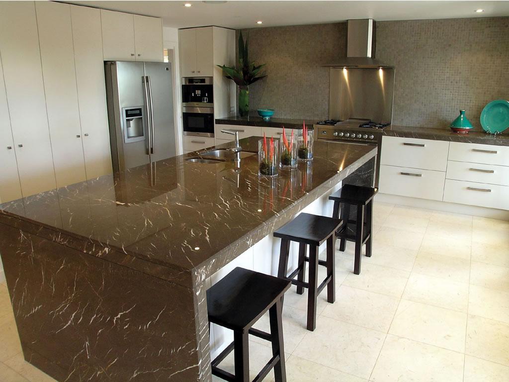 Clyde Hill Wa White Cabinet Kitchen Granite Marble Quartz Countertop