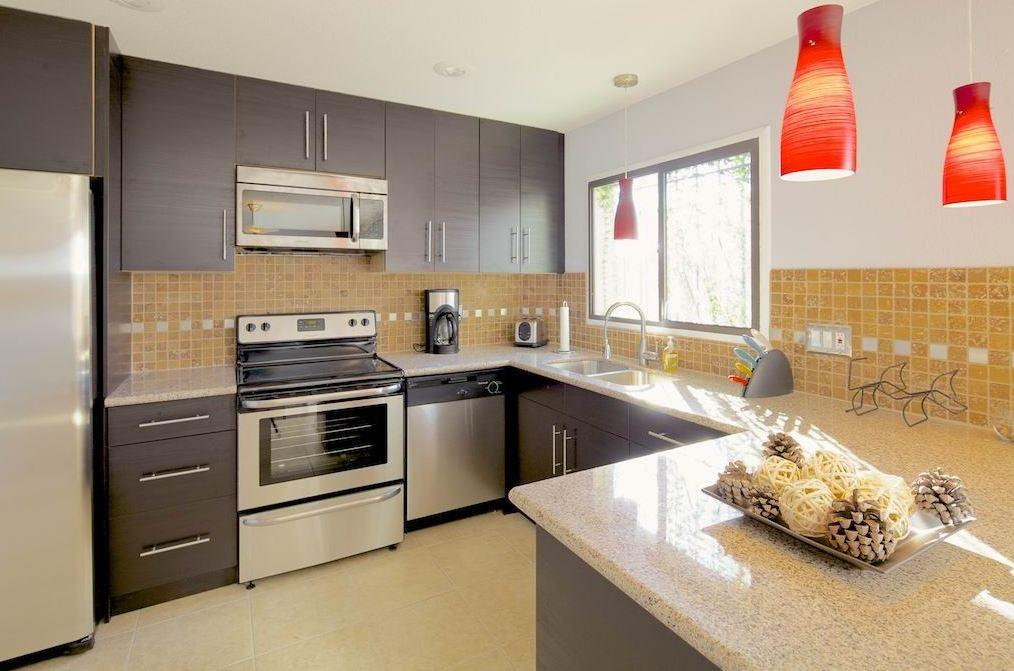 Hazelwood Granite Countertops Seattle