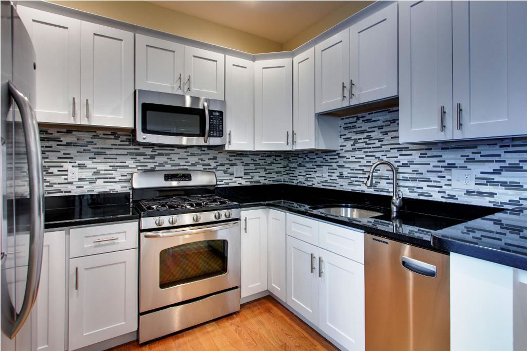 Kent Wa White Cabinet Kitchen Granite Marble Quartz
