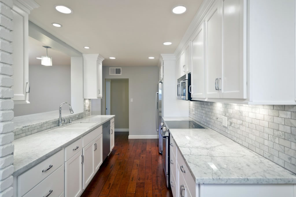 Manchester Wa White Cabinet Kitchen Granite Marble Quartz Countertop Granite Countertops Seattle