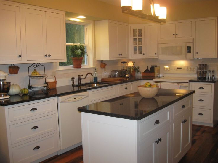 kitchen cabinets pictures white sumner wa white cabinet kitchen granite marble quartz 6323